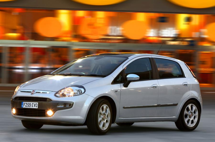 FIAT PUNTO EVO (or similar)